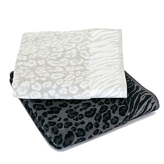 Image Result For How To Decorate Bathroom Towelsa