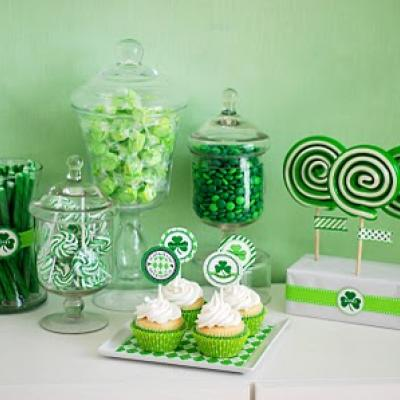 St. Patrick\'s Day Decor Ideas – the ROOM FOR MORE