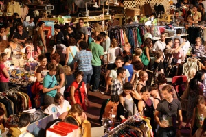 vintage bazaar crowd photo credit steven pate