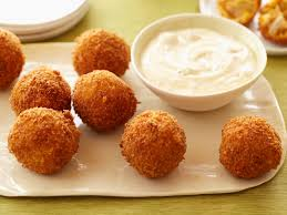Buffalo chicken cheese balls - Super Bowl Appetizer