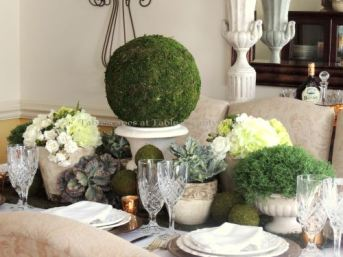 St. Patrick's Day decorating ideas (Credit: tabletwentyone.com)