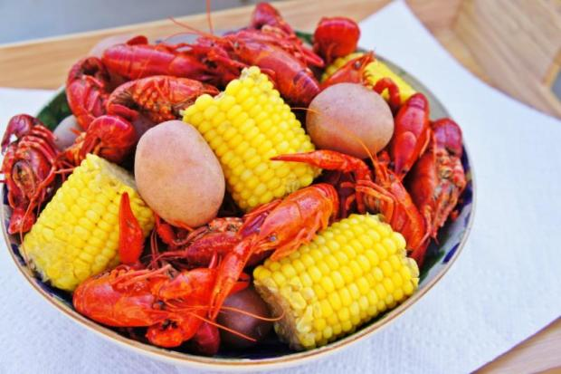 Bow & Stern Chicago Crawfish Boil