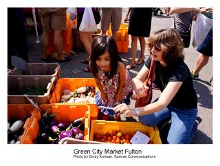 Green+City+Market+Fulton+shoppers+300